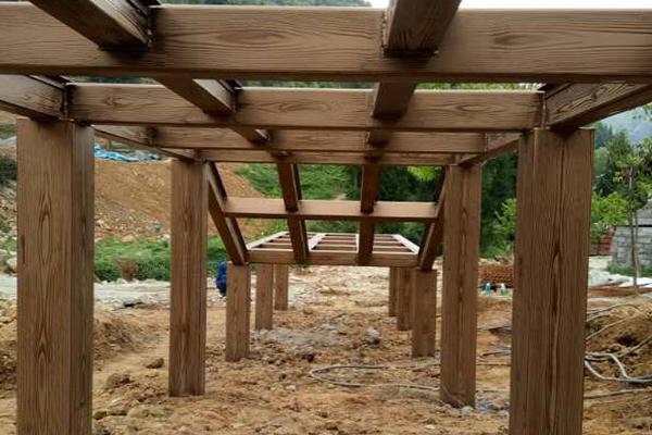 贵州省毕节市大方县星宿苗族钢构廊桥仿木纹漆