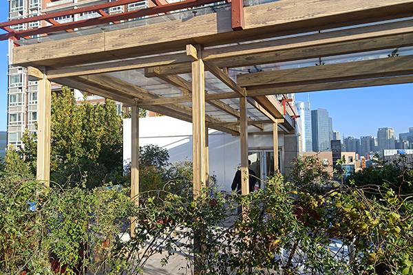西安电子二路61A号群力大厦钢构廊