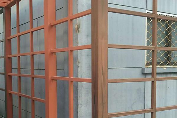 北京海淀区师范大学幼儿园对面钢构廊架项目