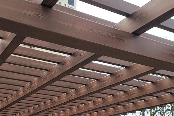 合肥肥西县翡翠蓝湾畅园车库入口仿木纹漆施工