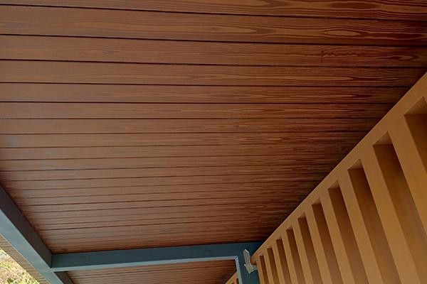 广东惠州象头山自然保护区廊架木纹漆施工